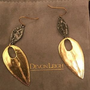 Vintage Devon Leigh Dangling Earrings 18k